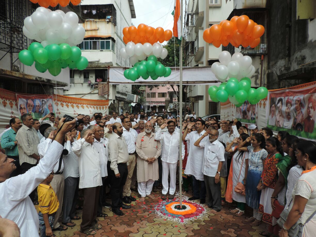 FLAG HOISTING AT MADHYA MUMBAI SAKHA